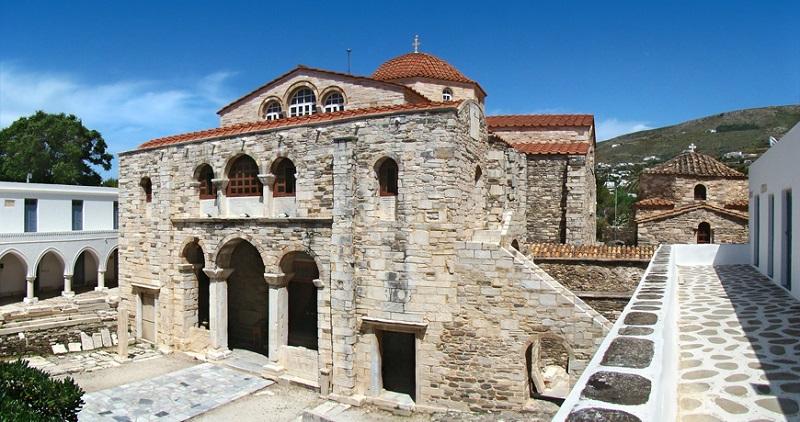 Храм Экатонтапильяни
