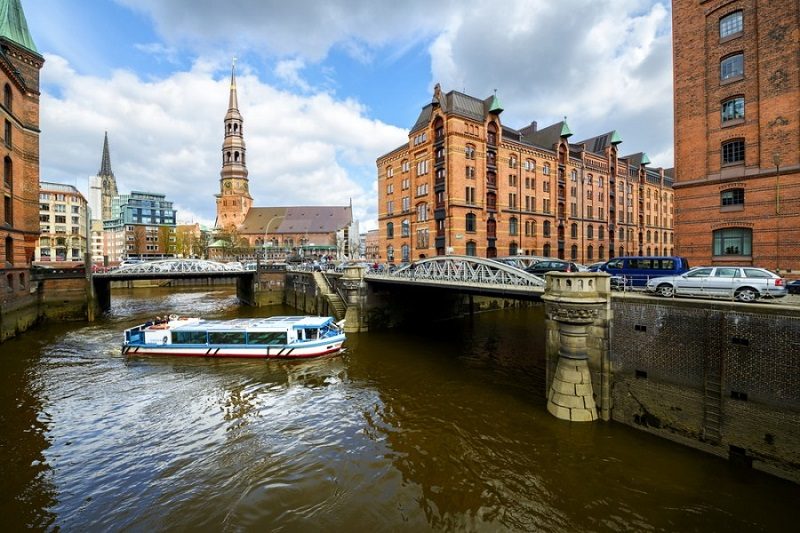 ТОП-3 лучших городов мира для водных прогулок