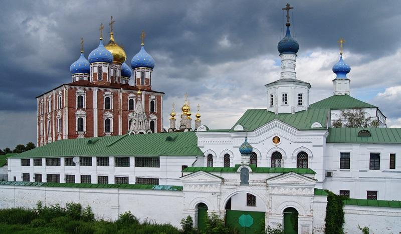 Монастыри, соборы, церкви Рязани