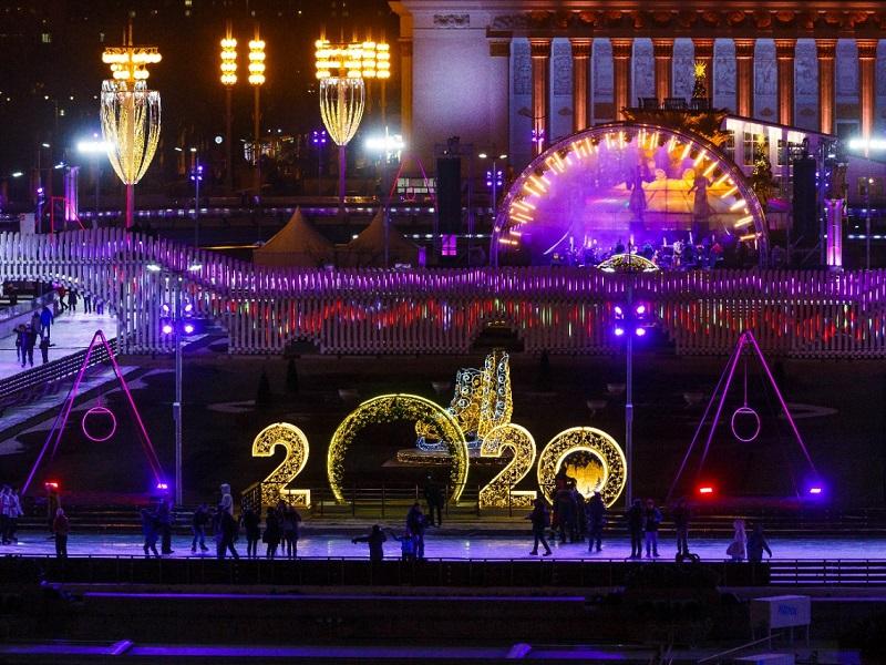 В Москве открылся крупнейший в Европе открытый каток