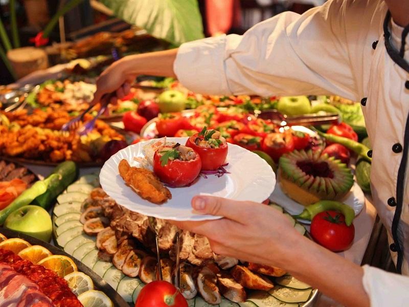 Рост цен на еду и напитки в отелях Турции стал причиной подорожания отдыха для туристов
